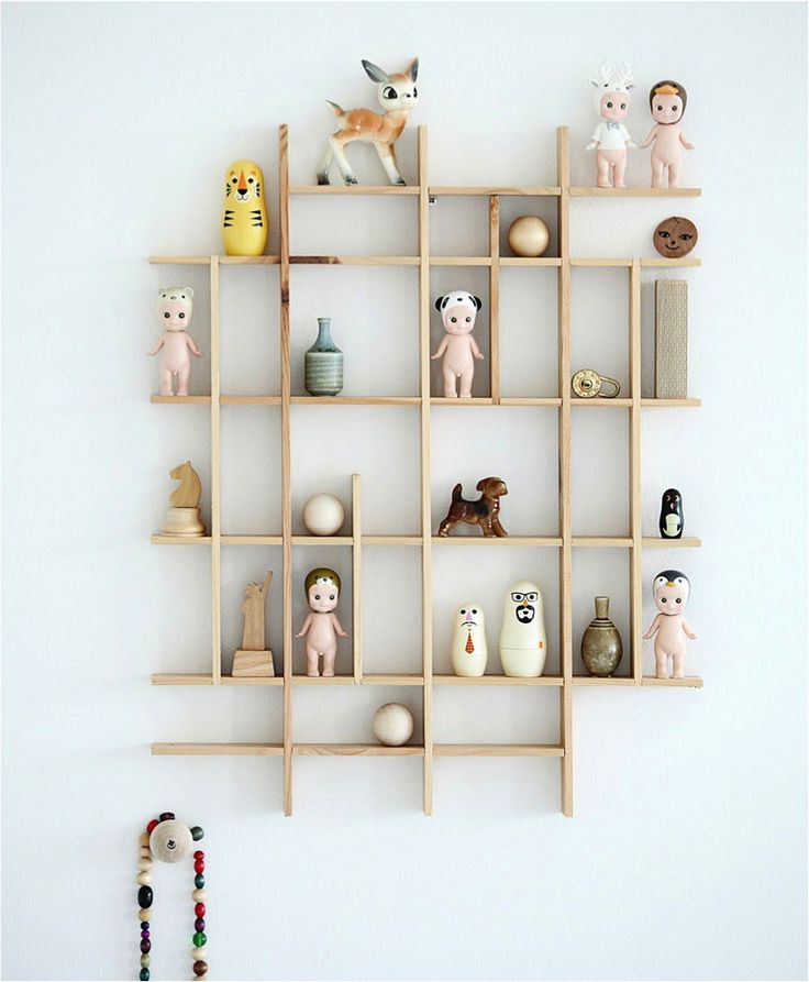 Here are some playful and practical shelf ideas for a kids room. If you like a little project, many of these shelves can easily be recreated at home. And they will provide lots of inspiration, perhaps to create your own unique version.