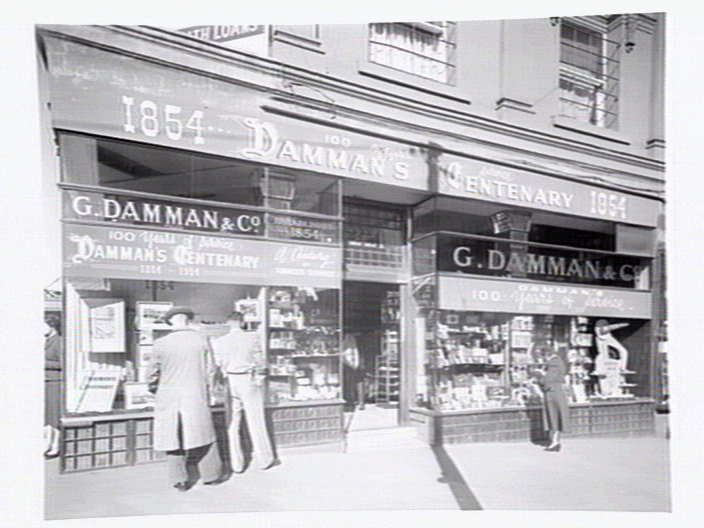 [G. Damman & Co., Tobacconist, Cnr. Swanston & Collins Streets, Melbourne] [picture] / Lyle Fowler., State Library of Victoria