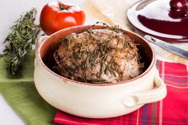 Запеченная свинина с розмарином, ссылка на рецепт - https://recase.org/zapechennaya-svinina-s-rozmarinom/  #Мясо #Рецептыдлядиабетиков #блюдо #кухня #пища #рецепты #кулинария #еда #блюда #food #cook