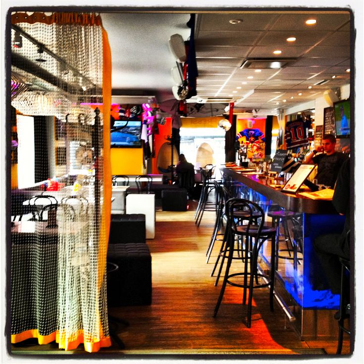 6 Sports Bar Interior Design Sports Bar Pinterest Interior Design Sports Bars And Bar