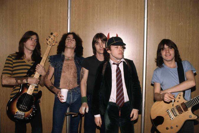 AC/DC Angus Young, Malcolm Young, Bon Scott, Phil Rudd, Colin John Burgess, European Tour 1979/80