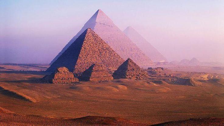 Deux cavités découvertes dans la grande pyramide de Khéops