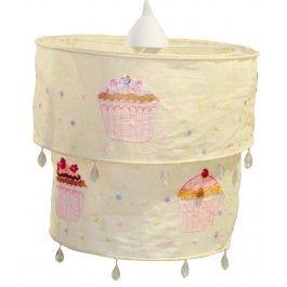 Hanglamp Cupcake geel   Sass & Belle  Pastel gele hanglamp met cupcakes. Leuk afgewerkt met pailletten en kralen. #hanglamp #verlichting #kinderkamer #babykamer #cupcake #geel #engeltjesendraken #sassandbelle
