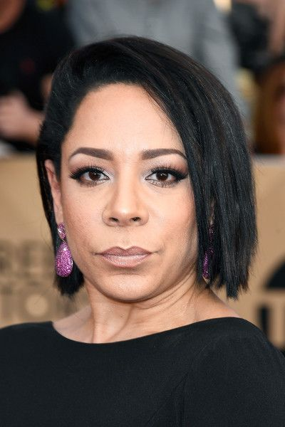 Selenis Leyva Photos Photos - Actress Selenis Leyva attends The 23rd Annual Screen Actors Guild Awards at The Shrine Auditorium on January 29, 2017 in Los Angeles, California. 26592_008 - The 23rd Annual Screen Actors Guild Awards - Arrivals