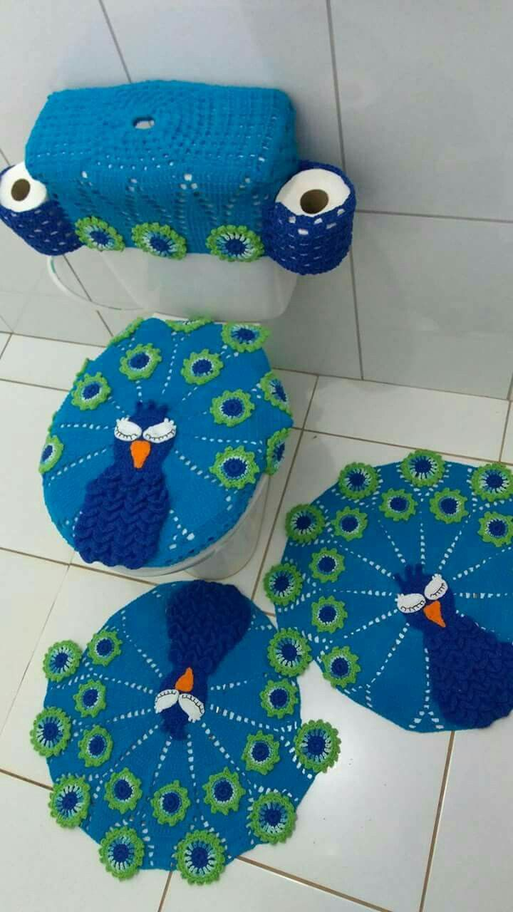 Potentially angry peacocks with toilet paper holsters - nice addition. I was actually worried these bathroom monstrosities may have died out with my great aunts. (My grandmothers were never the type).