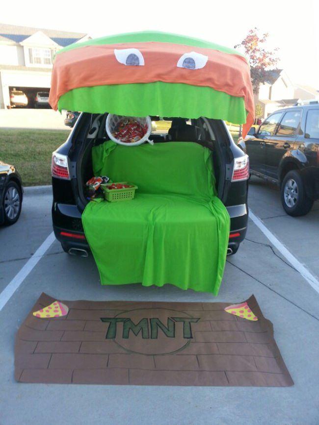 Tmnt 2020 Halloween Trick Or Treat Teenage Mutant Ninja Turtles Trunk or Treat Car Decorated in 2020