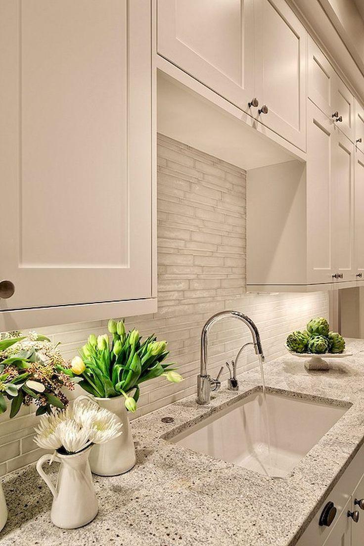 Nice 65 Simple & Beautiful Kitchen Backsplash Design Ideas on a Budget https://lovelyving.com/2017/09/14/65-simple-beautiful-kitchen-backsplash-design-ideas-budget/