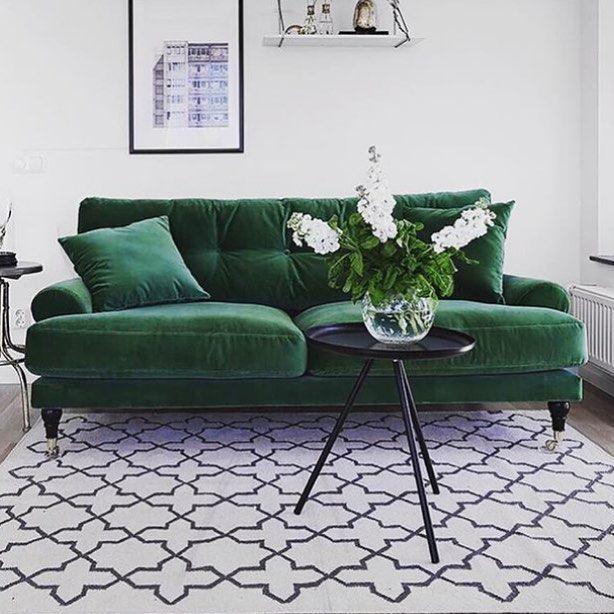 """163 gilla-markeringar, 5 kommentarer - @villafernhem på Instagram: """"Snygg grön soffa från @classiccollection.se lånad bild från @classiccollection.se"""""""