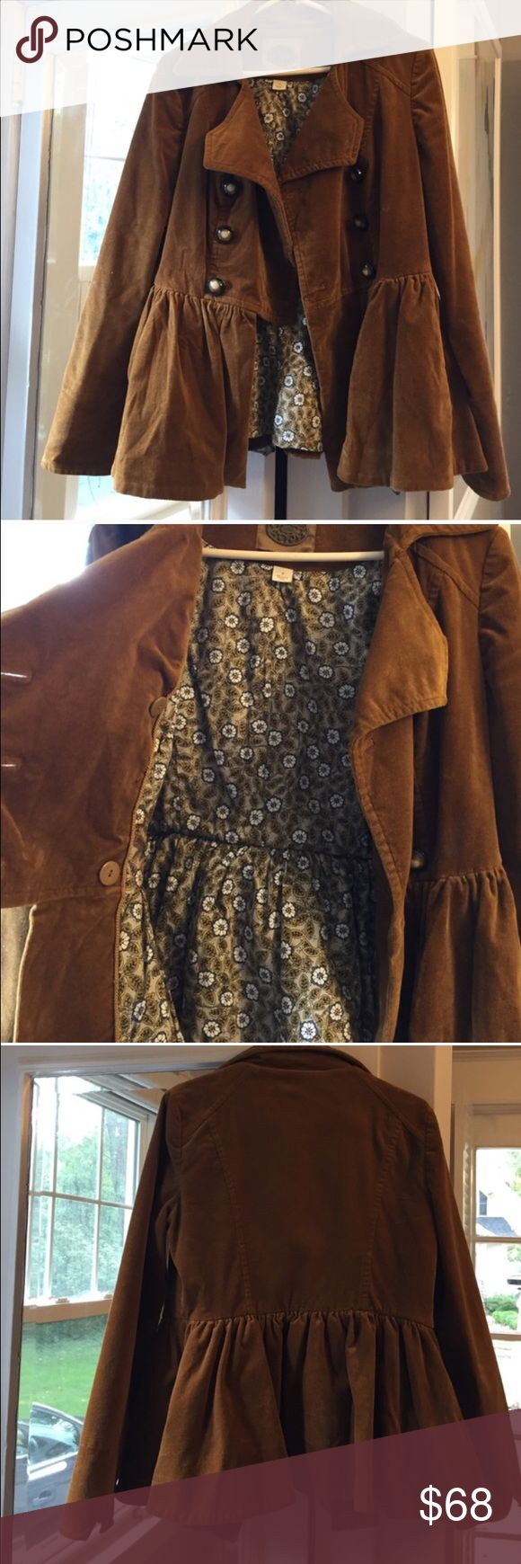 Anthropologie Brown Soft Peplum Peacoat Adorable fall Peacoat! Super cute floral pattern inside. Very warm and soft! Reposh as was unfortunately too big for me 😢. Love, love, love this and would love to find a new home for it! Anthropologie Jackets & Coats Pea Coats