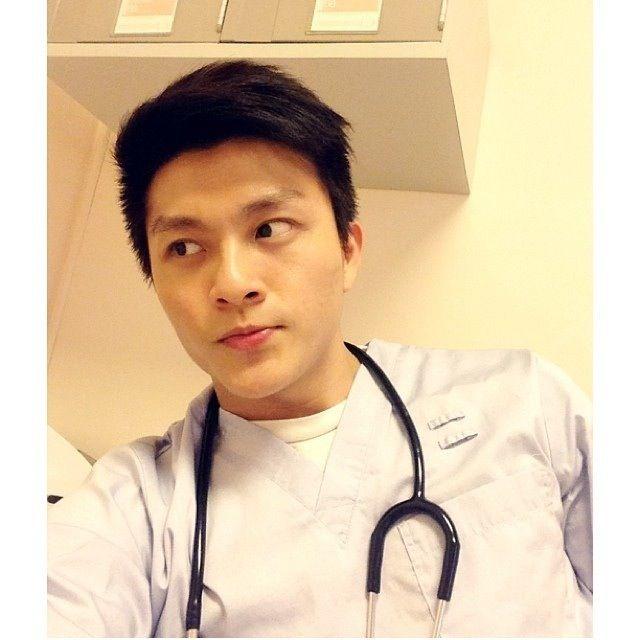 Men S Health Singapore: Hot SG Doctor. - Leow Hong Foo