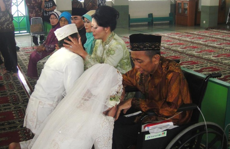 My marriage, the best thing i ever did to Papa, thanks God ...