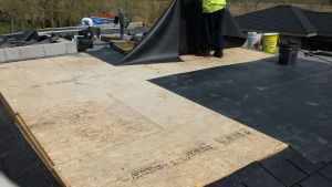 Laying out EPDM.