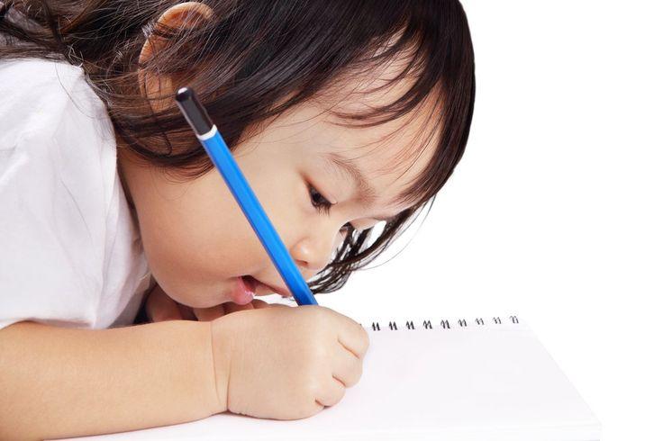 Alfabetização é um processo complexo que não deve ficar à mercê da ansiedade dos pais e professores.