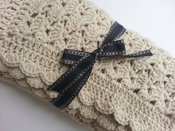 Perfect color for neutral baby blanket. Crochet Baby Blanket in Off White  Shell Pattern by PoochieBaby