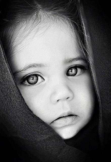 Pretty faces .... by Eva