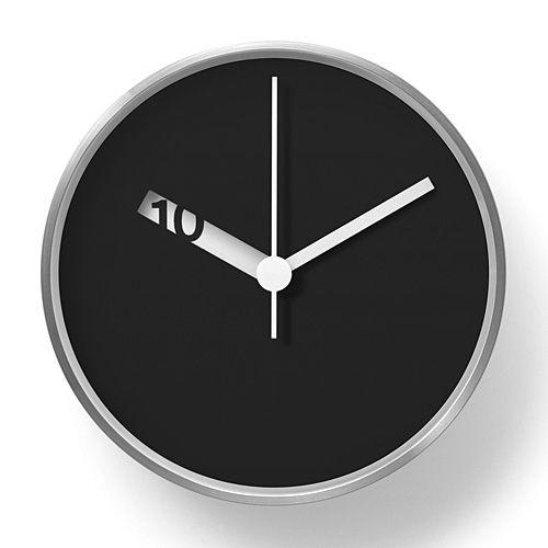 Extra normal wall clock swiss pinterest uhren for Geschenk einrichtung
