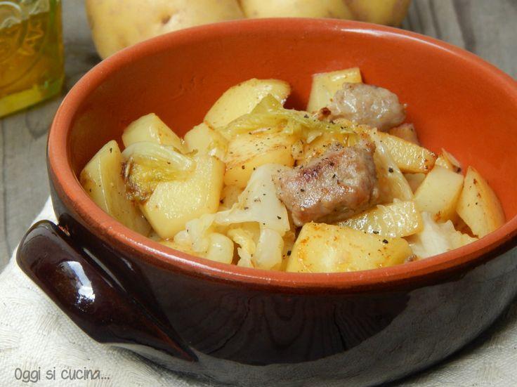 Bocconcini di salsiccia con verza e patate
