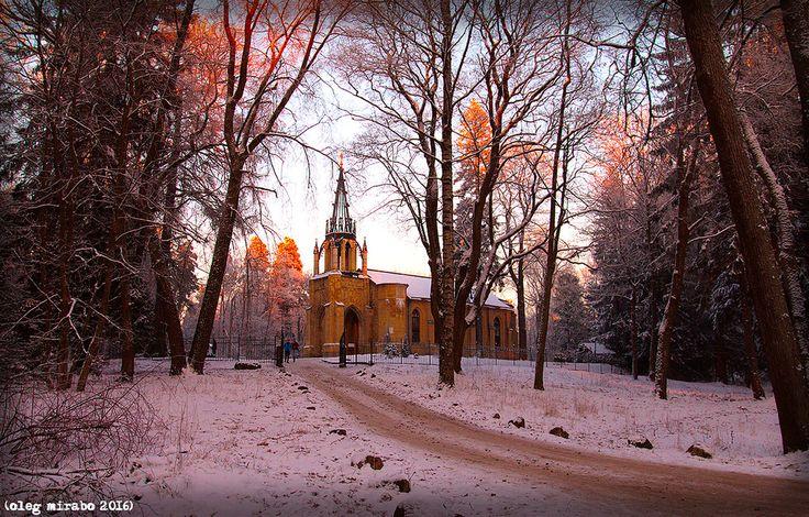 Peter and Paul Church. Shuvalovsky Park. | Peter and Paul Church (1831-39, architect A. P. Bryullov)