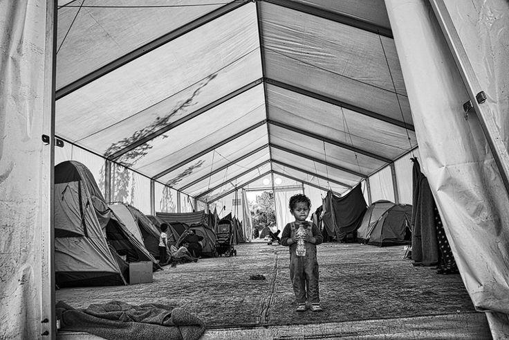 Un progetto mirato ad aiutare le donne in gravidanza e i tanti bambini che arrivano in Grecia scappando dalla guerra in Siria e dall'Afghanistan: è