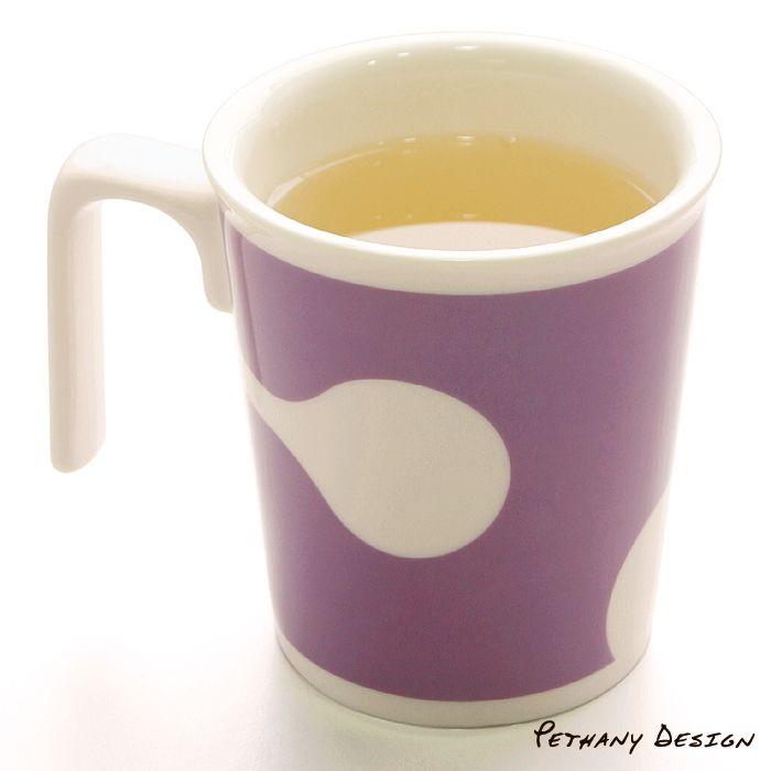 [ P+L Grape Kissing Mug ] Material: Porcelain; Designed in 2009 for Pethany+Larsen. Made in Taiwan.