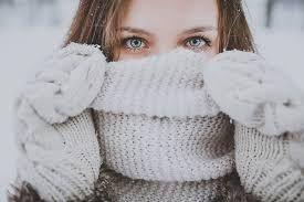 Картинки по запросу идеи для зимней фотосессии с подругой