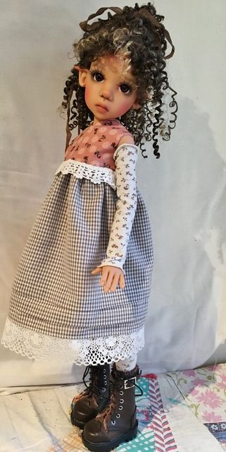 Beautifull doll by doll artist Kaye Wiggs