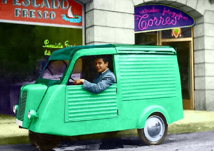 """The Mymsa was inspired by the German Tempo with front engine and three wheels. The van was built by the Catalan company of motorcars and motorcycles """"Motor Bikes, SA"""" in Barcelona. It was also made in Rana (means 'frog') 3R versions with 175 cc to 650 cc engines. Even a small number of 4-wheel trucks were made."""