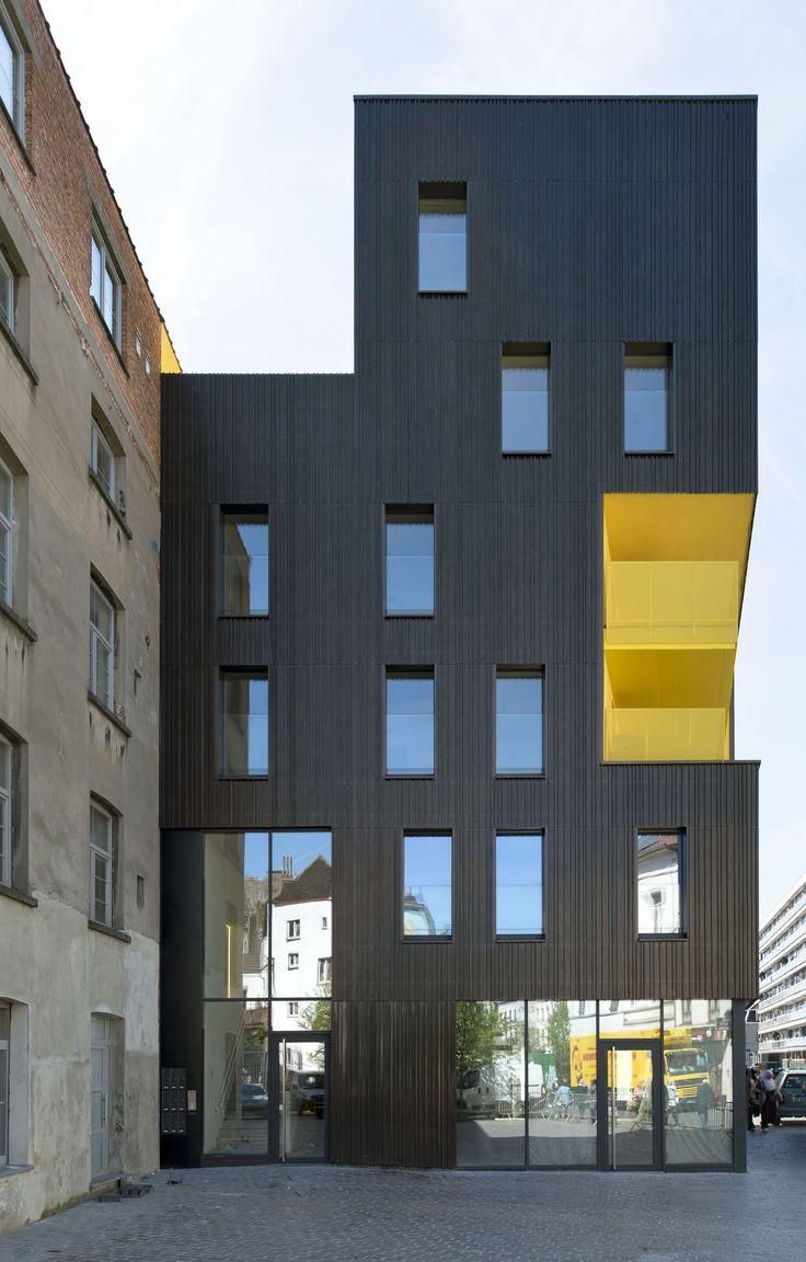 Housing Flandre / B612 Associates
