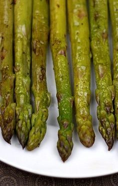 Roasted Asparagus with Balsamic Vinegar Recipe on twopeasandtheirpo... Great healthy side dish and perfect for spring!