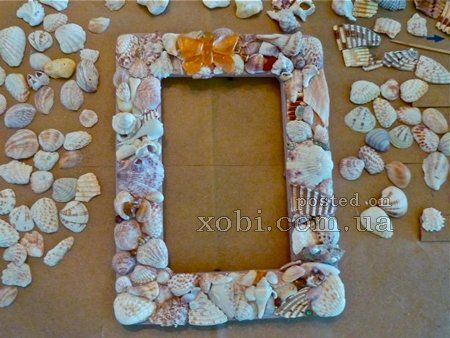 рамка для фото из морских ракушек