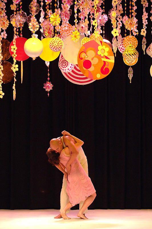 BEATRIZ MILHAZES  Set design for Tempo de Verão (Summertime),by Marcia Milhazes Contemporary Dance Company, 2006