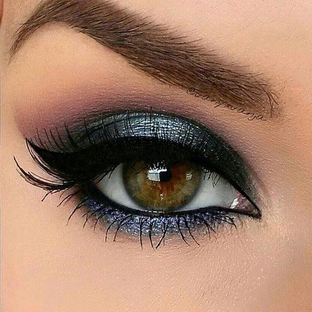 Gorgeous blue grey eye makeup #gorgeouseyemakeup #originaleyemakeup