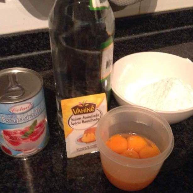 Receita Licor de ovo, (Egg Liqueur, Advocaat, Eierlikör) por flammar - Categoria da receita Bebidas