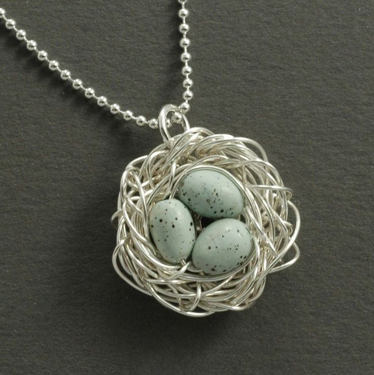 Anderson MOPS: getting crafty: bird nest necklaces