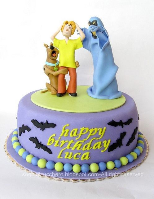 Gage would love this, trying to find a cool scobby doo bday cake for him.