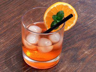 Rezept – Cocktail Aperol Sprizz • huettenhilfe.de