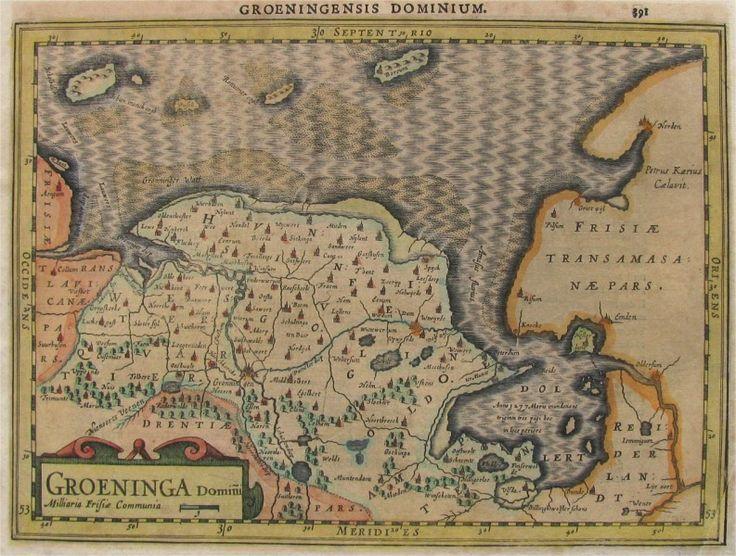 Groeninga Gravure - 1630 Maat 43,5 - 38 Petrus Kaerius, 1571-1646 Handgekleurde kopergravure van Groningen, verschenen in een Latijnse editie van een Atlas Minor uitgave van Jan Evertsz Cloppenburgh. Noord georiënteerd kaartje van Groningen uit een Latijnse editie van een Atlas Minor uitgave van Jan Evertsz Cloppenburgh. # Gegraveerd door Pieter van den Keere en hier in de eerste staat met de naam van de graveur rechtsonder (Petrus Kaerius Celavit).