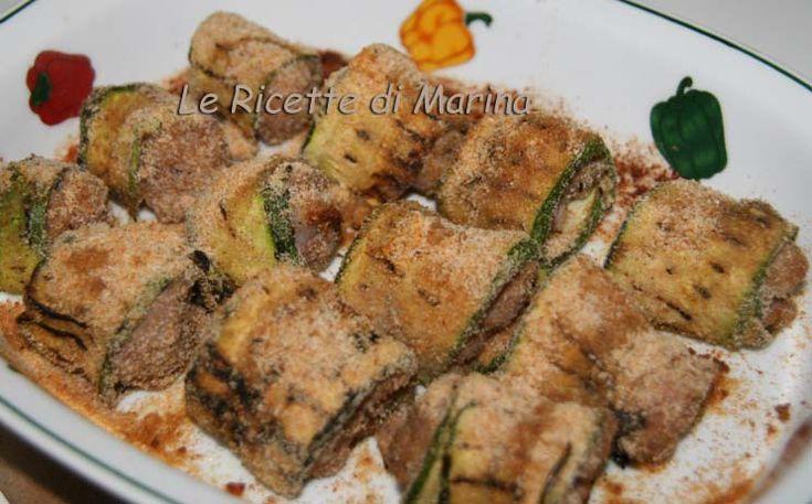 Involtini di zucchine e salsicce