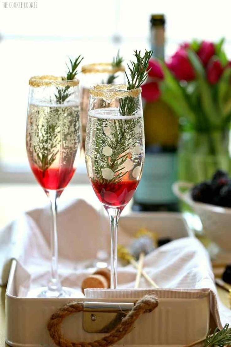 best 25 champagne drinks ideas on pinterest christmas punch alcohol champagne champagne. Black Bedroom Furniture Sets. Home Design Ideas