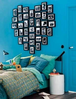 Heart shaped memories: Heartshap, Decoration, Heart Shapes, Photo Wall, Cute Idea, Bedrooms, Picture Frames, Heart Pictures, Pictures Frames