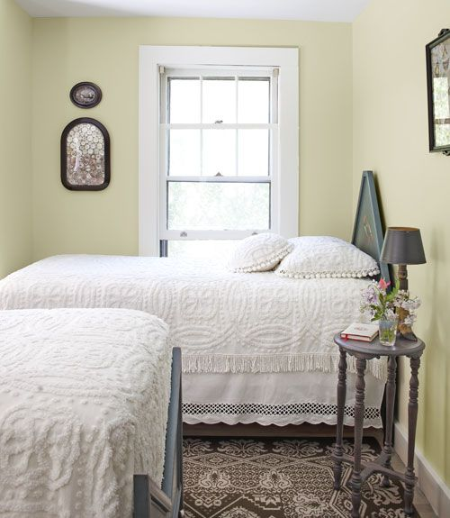 One day, if I can get those beds out of my mom's house without anyone else seeing...Wall Colors, Guest Room, Small Bedrooms, Cottages Bedrooms, Guest Bedrooms, Bedrooms Design, Maine Cottage, Twin Beds, Country Bedrooms