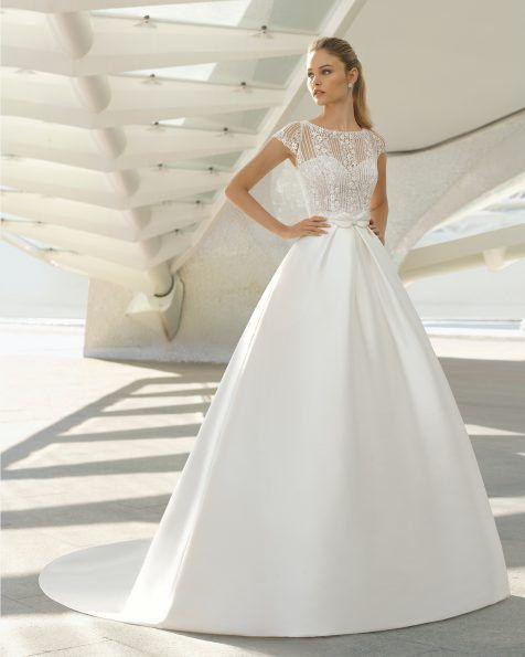 Wedding dress - Collection Rosa Clará 2019  6e0c97f35b2