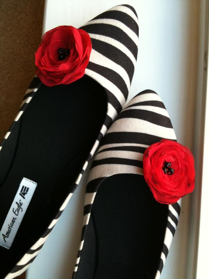 DIY Shoes Refashion: DIY Shoes Clips