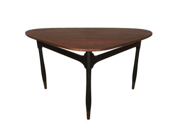 Sohva/sivupöytä