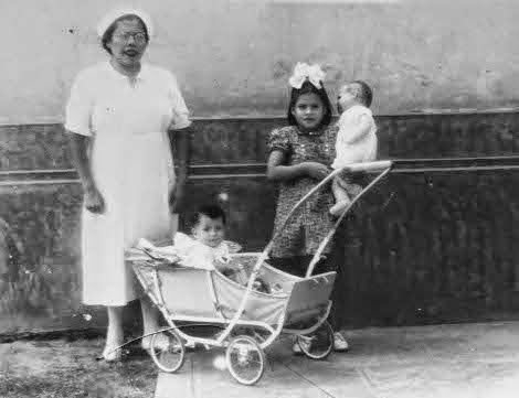 Lina Medina, a mãe mais jovem já comprovada na história da medicina. Teve seu primeiro filho aos cinco anos de idade. Seu filho, Gerardo, foi criado pelo irmão mais velho de Lina e foi levado a acreditar que ela era sua irmã. Ela ficou conhecida por nunca revelar o nome do pai da criança, 1939.