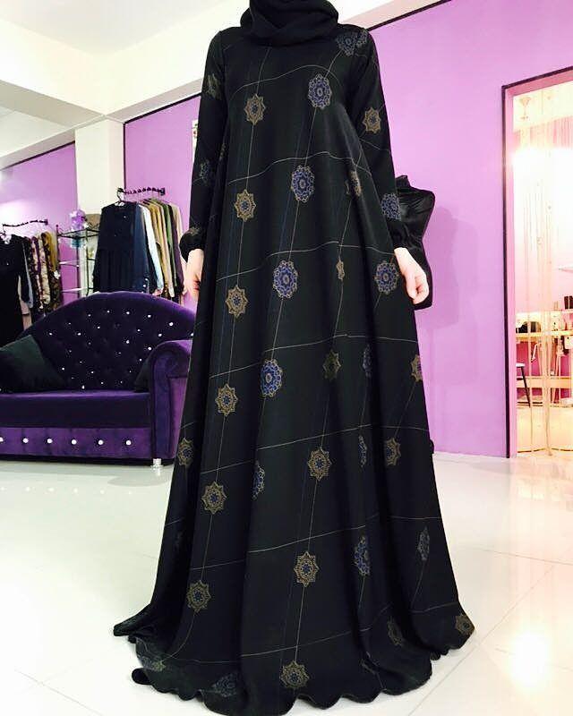 """84 Likes, 4 Comments - Исламская одежда (@farida.djabrailova) on Instagram: """"Платье по косой из абайной ткани с узоромцена платья 4800"""""""