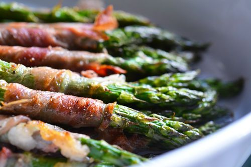 Broiled Prosciutto-Wrapped Asparagus Spears | Nom Nom Paleo: Asparagus Spears, Prosciuttowrappedasparagus, Food, Broiled Prosciutto Wrapped, Prosciutto Wrapped Asparagus, Nom Nom, Paleo Recipes
