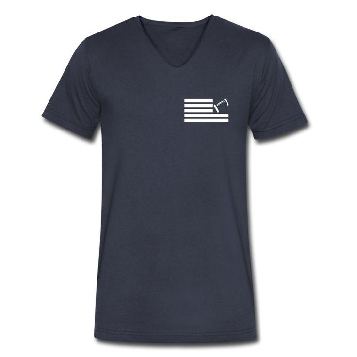 Land Of Football V-Neck T-Shirt aus Bio-Baumwolle by 40 Burger // Finest Football & Fashion. #americanfootball #football #lof #40b #nfl #rannfl #t-shirt #tshirt #v-neck #vneck #organiccotton #bio #biobaumwolle #streetwear