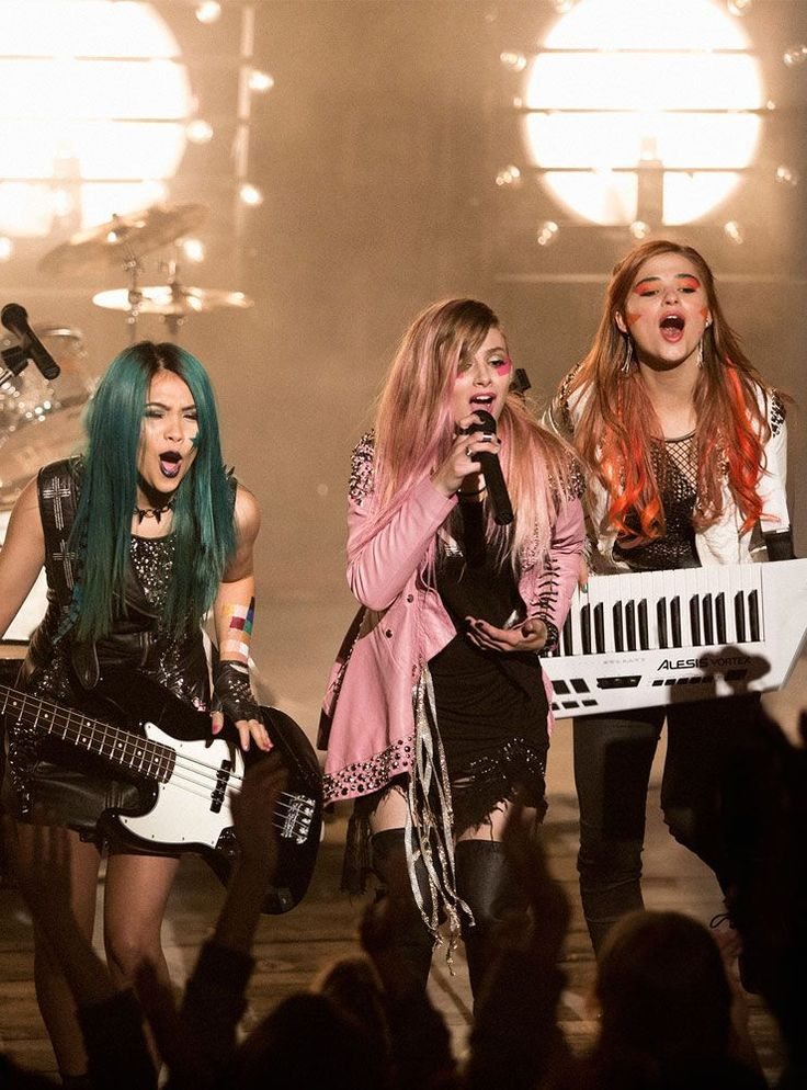 Beauty Secrets We Learned From Jem And The Holograms #refinery29 http://www.refinery29.com/2015/10/95705/jem-and-the-holograms-behind-the-scenes-makeup