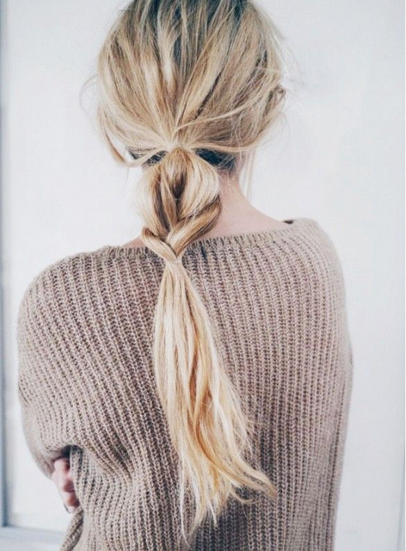 7 Monday Morning Hairstyles That You Can Do in Under 5 Minutes via @byrdiebeauty